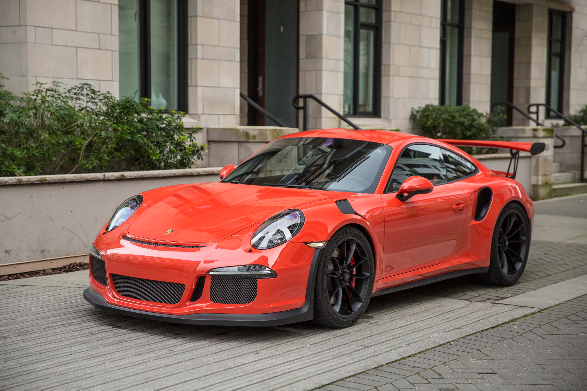 miles-end-porsche-991-gt3-rs-orange_41-1